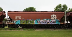 Fern/Pike (quiet-silence) Tags: graffiti graff freight fr8 train railroad railcar art fern pike sfb hopper bnsf bnsf403754