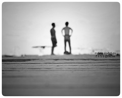 Dancing on the jetty (Mister Blur) Tags: blurred couple blur low perspective depthoffield dancing jetty bailando muelle playadelcarmen rivieramaya mexico inxs nikon d7100 blackandwhite
