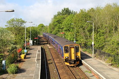 150265 (matty10120) Tags: station st cornwall great first railway class 150 western erth at 150265