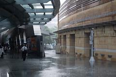 (Omnila) Tags: city people rain japan outdoors tokyo nikon scenery roppongi