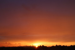 2016July25 (3) (ShellyS) Tags: sunset sunsets skyline skylines nyc newyorkcity manhattan queens sky clouds