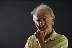 Portrait of grandfather (alexander.dischoe) Tags: portrait man face nikon gesicht portrt mann dslr opa grossvater nikon18200mm nikkor18200mm d7100
