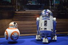 the best of friends (coffeebucks) Tags: droid droids bb8 r2d2 starwars starwarscelebration starwarscelebrationeurope swce londonexcel londonexcelcentre starwarscelebration2016 starwars2016