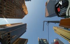 skyscrapers (noaxl.berlin) Tags: manhatten sony a7rii samyang rokinon walimex 14mm newyork ny architektur architecture skyscraper night brooklyn lights skyline bridge stars subway metro
