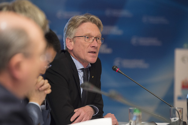 Wolfgang Hurtienne speaking at the session