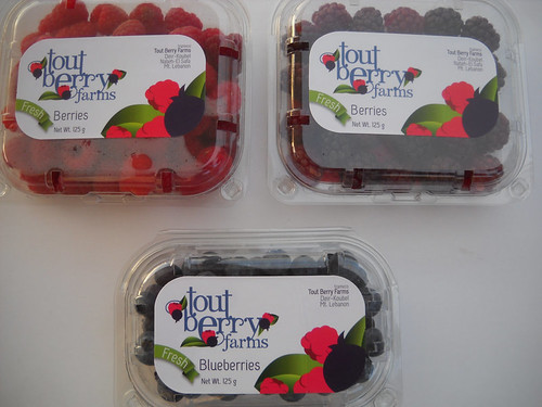Raspberry & Boysenberry & Blueberry First Tout Berry package a May 21, 2015