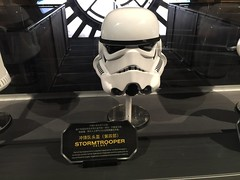 Star Wars Launch Bay (coconut wireless) Tags: china starwars asia shanghai disneyland helmet disney amusementpark pudong tomorrowland themepark sdp 2016 sdl frikitiki shdl shanghaidisneyland starwarslaunchbay asia2016 shdlp