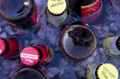 Pasiones de verano (gonyol) Tags: 50mm cruzcampo 5n nex sony botellines cubo sureña cerveza