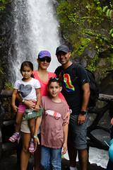 DSC_0815 (errolviquez) Tags: familia hijos paseos costa rica bela ja naturaleza catarata sobrinos