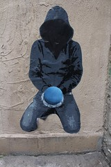 Ender_6976 rue de Candie Paris 11 (meuh1246) Tags: streetart paris ender capuche ruedecandie paris11