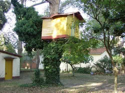 La casita del arbol.   por ohb