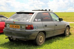 G585 WOW (Nivek.Old.Gold) Tags: 1993 vauxhall astra 14i ls 5door eamatthews horticultural agricultural services