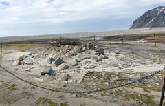The graveyard at Gravneset IMG_0480 (grebberg) Tags: magdalenefjorden spitsbergen svalbard july 2016