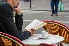 Voyage au bout de la nuit (chrisd90) Tags: paris montmartre literature nikond7100 85mm streetlife streetphotography book reading french france parisian auboutdelanuit cline