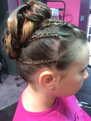 """Coiffure enfant • <a style=""""font-size:0.8em;"""" href=""""http://www.flickr.com/photos/115094117@N03/18606487895/"""" target=""""_blank"""">View on Flickr</a>"""