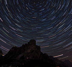 One (more) night (Robyn Hooz) Tags: gusela giau passo valley dolimites polaris northern star polare rotazione long exposure