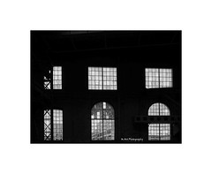 finestra panoramica... (19Mauro64) Tags: martphotography monochrome walkingtour window sulzerareal elementspatterns exposition reflection riflessi garage texture winterthur industrial ombre oldbuilding patterns arte silverefex structure doppiriflessi freeform graytones geometriclines games july lightshadow shadowlines xt1 xf14mm28 contrast vision bw bianconero buildings noir
