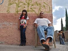Con Papi (Tahia Hourria) Tags: street people girl mexico calle grand mexican pa nora mexique rue tahia habuelo hourria aitaissa