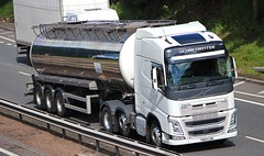 VOLVO FH Globetrotter - No Name (scotrailm 63A) Tags: trucks tankers lorries