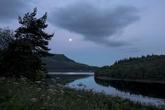 Moon over Ladybower (Keartona) Tags: moon rising ladybower reservoir dusk twilight peakdistrict derbyshire tranquil sky hills england