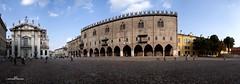 Panoramica Piazza Sordello - Mantova (max.fontanelli) Tags: mantova mantua chiesa church cattedrale cathedral duomo dome panoramica arte art scultura sculpture cielo sky nuvole clouds azzurro blue