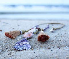 beachcomber necklace with shells (Ezartesa) Tags: beachcomber beadednecklace beachcomberwellfleet tasselnecklace