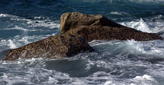 Sydney sandstone (Peter_Australis) Tags: sydney laperouse ocean rock water waves break stone