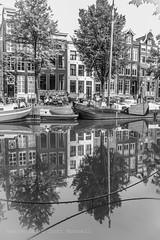 Silent gracht (farflungistan) Tags: canon 7d sunday photowalk amsterdam holland jordaan nederland streetphotography keizersgracht boats bnw cityscape canon7d sundayphotowalk