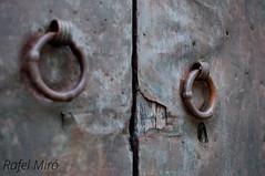 Porta de fusta (Rafel Miro) Tags: door puerta porta knocker aldaba picaporta