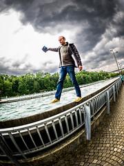 124/365: Balance (haslo) Tags: friends switzerland olympus fisheye photowalk bern noon aare omd oxon em1 project365 slackliner 115in2015
