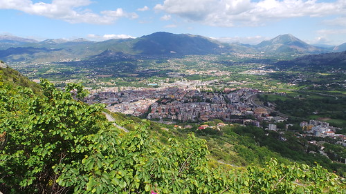 Monte Cassino from monastery road (3)