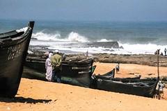 Oualidia Maroc Morocco Sea Shore Mer Rivage (tazkanak) Tags: sea mer morocco shore maroc rivage oualidia