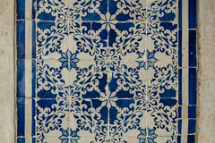(anagarcica96) Tags: street blue summer white blanco portugal azul tile pared nikon pattern lisboa lisbon portuguese lisbonne azulejos d3100