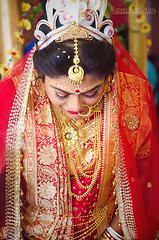Hidden Expressionss (Nabendu Bhattacharya) Tags: bride expressions hindu bengali weddings