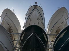 Alto standing (Micheo) Tags: viaje standing boats puerto mar barcos harbour mediterrneo lujo marseilles marsella lapointerouge marinaseca