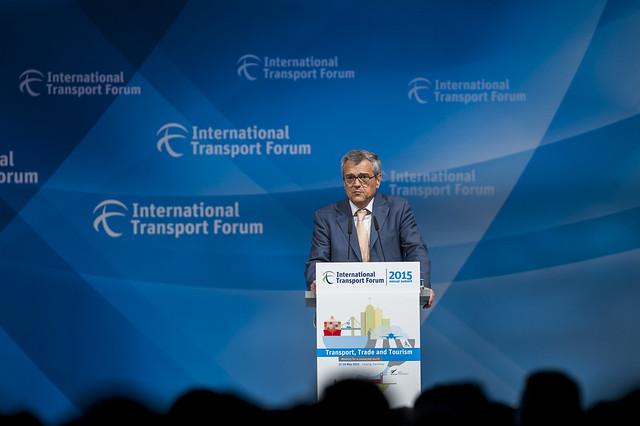 José Viegas speaking