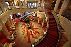 Main Lobby (Procyon Systems) Tags: queenmary2 cunard transatlantic slowtravel queenmary2remastered