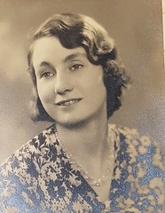 A photo of my Mum when she was younger 20160703_122958a (tomylees) Tags: old photo vinnie lavinia c1934