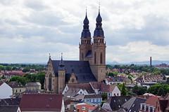 Altprtel Speyer (Magdeburg) Tags: speyer deutschland germany pfalz altprtel view from old gate the altpoertel is medieval west city pfarrkirche st joseph pfarrkirchestjoseph stjoseph stjosephspeyer