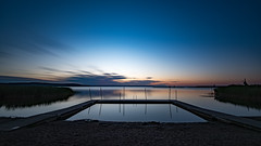 Halted time (jarnasen) Tags: longexposure morning sky copyright lake reed nature water sunrise reflections dawn early twilight nikon exposure time sweden outdoor pov jetty tripod smooth le sverige scandinavia stergtland ndfilter roxen lakescape bergsslussar d810 leefilters nd15 nordiclandscape 1635mmf4 lighchasing jarnasen jrnsen leesuperstopper