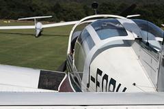 Falsche Reihenfolge (FlyingFocus) Tags: neumagen flugplatz flugzeug edrd rheinlandpfalz morane segler segelfliegen segelflugzeug segeln deobh stil stille vordemsturm
