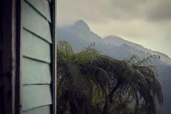 Pico Turquino (Un par de peras) Tags: airelibre cuba sierramaestra revolucin cubanos cubano cuban cubain picoturquino mountain montaa landscape paisaje naturaleza nature verde green spectacularnature nubes refugio relax tranquilidad desconexin desconection