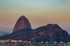 Full Moon over Rio de Janeiro (Pablo.Barros) Tags: brasil brazil riodejaneiro southamerica amricadosul podeaucar sugarloaf baiadeguanabara guanabarabay fullmoon luacheia lua moon