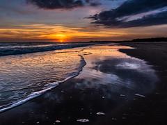 Sunset (jonathankitt) Tags: beach sun sky sunset sea clouds ocean sand atlantic charentemaritime reflection mirror wave horizon ciel foam vague atlantique mer plage miroir coucherdesoleil soleil reflet lapalmyre nuages mousse sable aquitainelimousinpoitoucharentes
