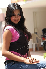 South Actress SANJJANAA Photos Set-4 (25)