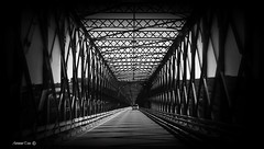 Passagem    (Explore #187: 22-05-2015) (antoninodias13) Tags: portugal pb ponte santarém tejo ferro travessia passagens margens chamusca antoninodias13