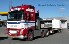 Volvo AX32521 low loader (sms88aec) Tags: volvo ax32521 low loader