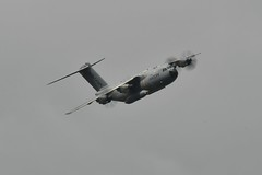 Fairford air tattoo (chrisbailey993) Tags: amateur handheld nikkor 18300 exciting demonstration tattoo air fairford raf experience show propeller flying aeroplane a400m