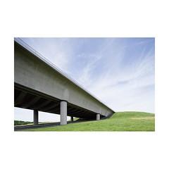 Canal du Centre (Franois Lichtl) Tags: hainaut wallonie wallonia belgique belgium belgi architecture civilengineering canal kanaal bridge pont brug concrete bton canon tiltshift 17mm tse greisch
