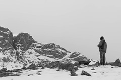 nieve (_naqm) Tags: nieve snow blanco frio blackandwithe blancoynegro hombre man soledad